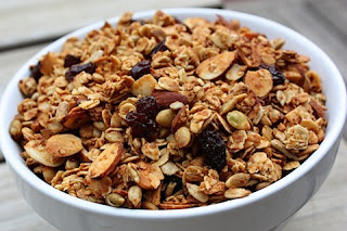 pumpkin-spiced-nutty-granola